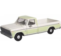 Atlas 60000116 Ford F-100 Pickup Truck - Wimbledon White/Winter Green (2 pcs)