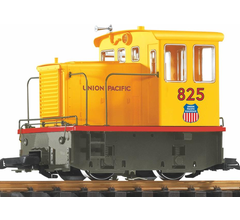 Piko #38504 25 Ton Diesel Switcher - UP #825 R/C Battery Powered