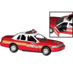Daron #RT8730 FDNY Fire Chiefs Car 1/43