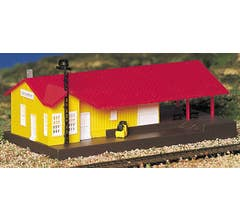 Bachmann #45907 Freight Station (Built Up)