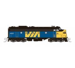 Rapido #530511 CN FP9A (DC/DCC/Sound): VIA Rail Canada #6525