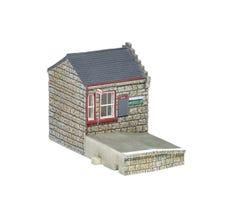 Hornby #R7232 Hogwarts Hogsmeade Station Booking Hall