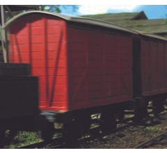 Bachmann #77209 Thomas and Friends- NARROW GAUGE Box Van- Red