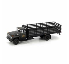 Athearn #96818 Ford F-850 Stakebed - Canadian National