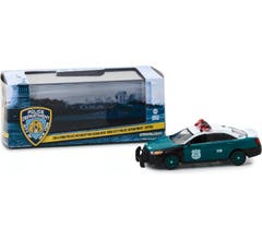 GreenLight #86094 NYPD - 2014 Ford Police Interceptor Sedan Vintage Show Vehicle 1:43