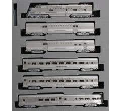 Kato #106-090 CB&Q EMD E5A & Silver Streak Zephyr 6 Unit Set