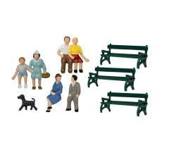 Lionel HO #1957200 Sitting Figures w/Bench and Dog