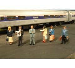 Bachmann #33110 Standing Platform Passengers