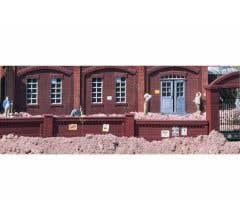PIKO #62288 Factory Brick Walls (4 pcs)