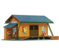 Model Power #694 Built-Up Buildings Lighted w/Two Figures Farmingdale Freight Station