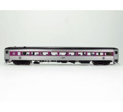 Rapido #17250 8600 Stainless Steel Coach - MBTA #2565