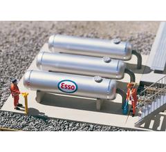 PIKO #62048 Refinery Storage Tanks